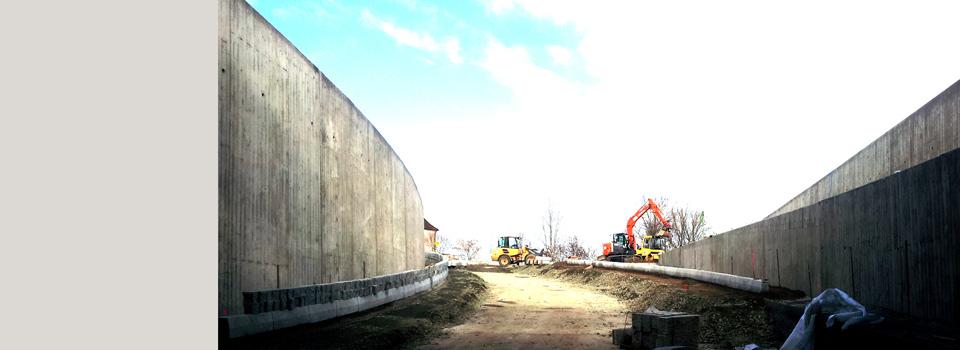 Bau der Bahnüberführung Weiherhammer